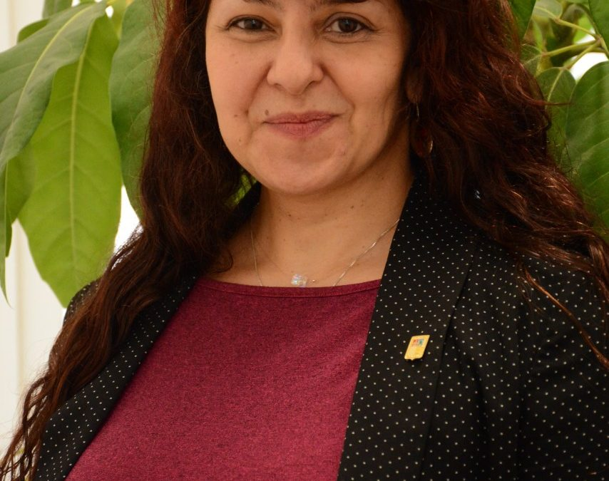 """Nueva Directora DAE, Dra. Constanza Angulo: """"El centro del quehacer de la Dirección son nuestros estudiantes"""""""